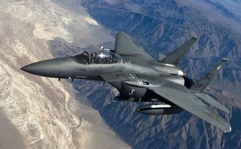 碳纤维有比合金更高的强度,为什么战斗机不用碳纤维?
